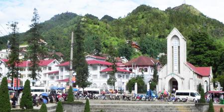 Du lịch Lào Cai - lễ chùa Đền Ông Hoàng Bảy 1 ngày  khởi hành từ Hà Nội