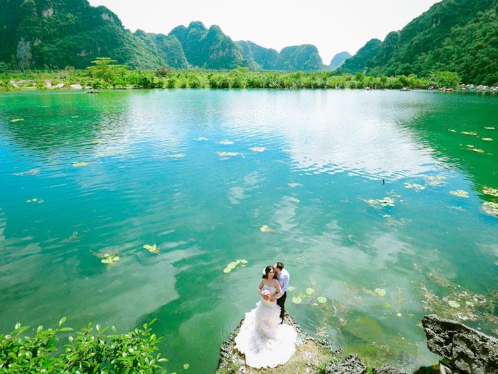 Du lịch Tràng An - Bái Đính 1 ngày trẩy hội mùa xuân từ Hà Nội 2017