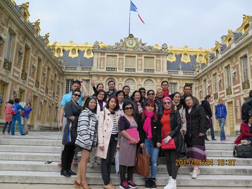 Cảm nhận của Khách Hàng về Tour Du Lịch Châu Âu (25/4/2013)
