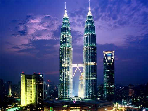 Cảm nhận khách hàng đi Tour Malaysia ngày 26/07/2013