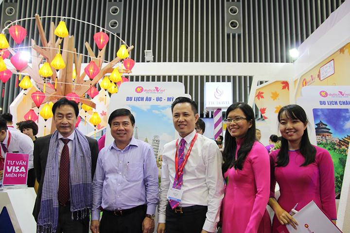 Tưng Bừng Khai Mạc Gian Hàng Du Lịch Việt Hội Chợ ITE 2016