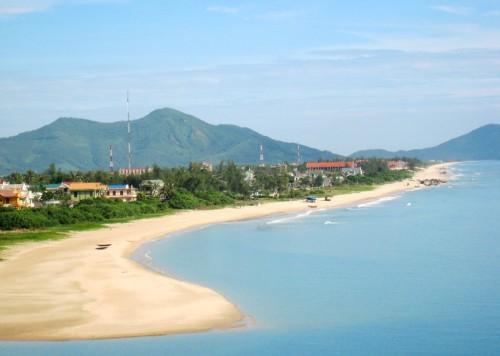 Kinh nghiệm du lịch Huế: Những địa điểm tham quan, ăn uống tại Huế