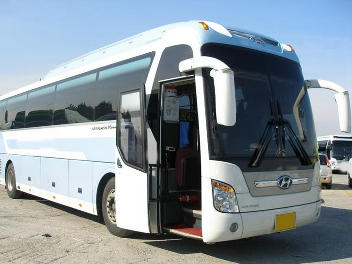 Thuê xe Hyundai Aero Space 45 chỗ Sài Gòn