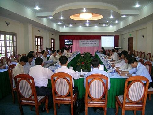 Hoi truong 2 cua khach san Ninh Kieu 2 co suc chua 100 nguoi