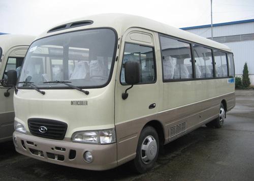 Thue xe Hyundai 24 cho tai Sai Gon