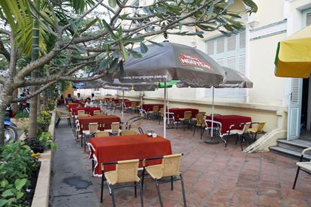 Cong Tu Bac Lieu Hotel