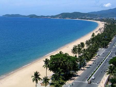 Canh quan nhin tu khach san Sen Vang Nha Trang