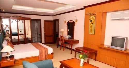Phong Senior suite