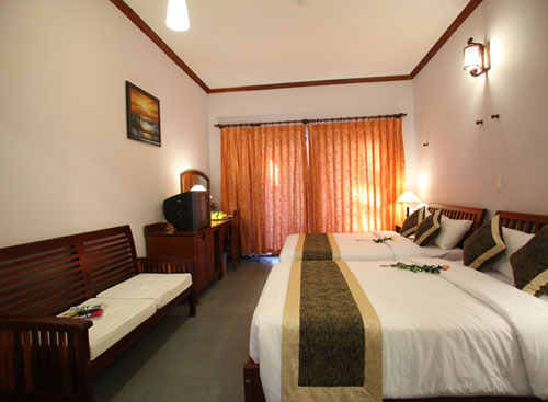 Phong Deluxe huong ho boi Canary Resort Phan Thiet