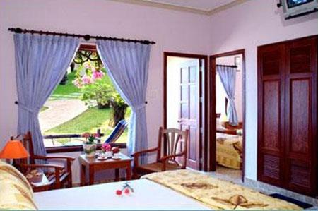 Phong Deluxe Malibu resort