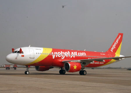 Chuyen bay VJ8851 tu Ha Noi di Nha Trang dip Tet