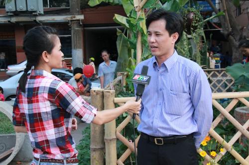 Ông Trần Văn Long – Tổng Giám Đốc Công ty Cổ Phần Truyền Thông Du Lịch Việt trong buổi phỏng vấn tại Ngày hội Du Lịch 2013