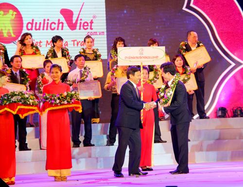giai thuong top 10 website thuong mai dien tu du lich