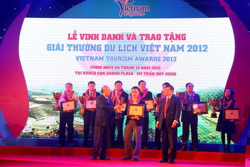 giai-thuong-top-10-cong-ty-lu-hanh-noi-dia-hang-dau-viet-nam