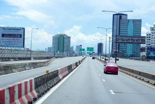 tinh-hinh-bien-dong-o-bangkok-2