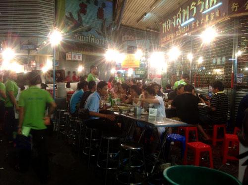 tinh-hinh-bien-dong-o-bangkok-5