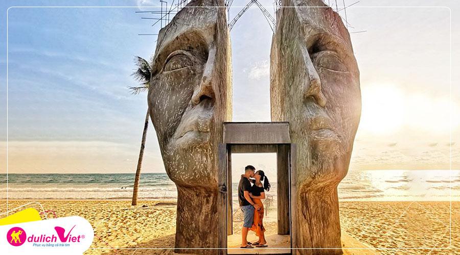 Du Lịch Phú Quốc ngắm hoàng hôn ở Sunset Sanato bay Vietnam Airlines giá khuyến mãi