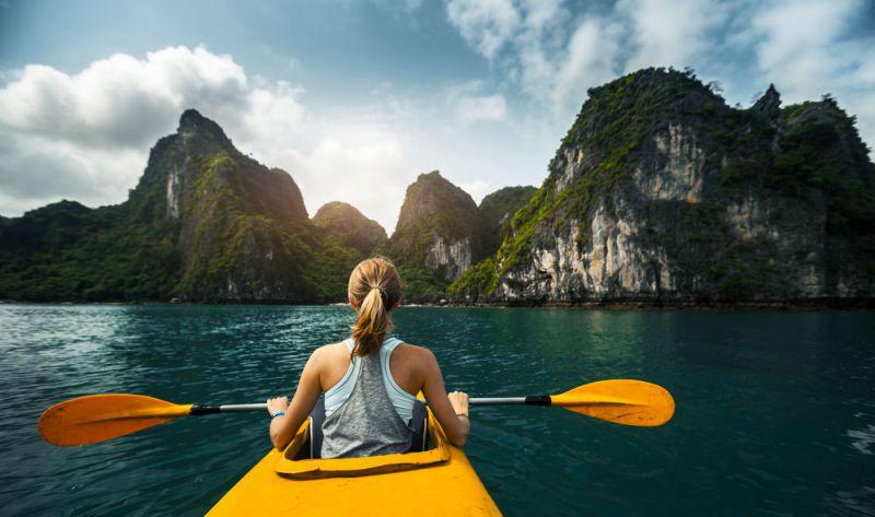 Chèo thuyền Kayak môn thể thao ưa thích của nhiều du khách