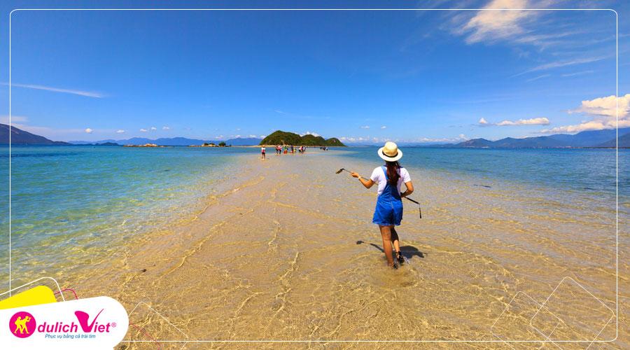 Du lịch Nha Trang - Đảo Điệp Sơn - Vinpearland - Nhà Thờ Đá từ Sài Gòn