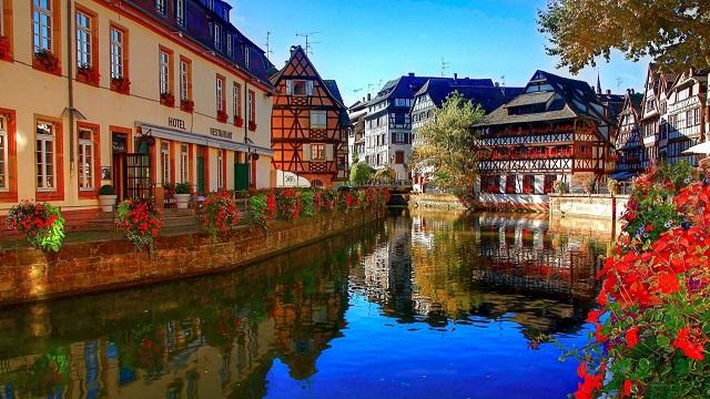 Một số trải nghiệm thú vị cho chuyến du lịch Pháp