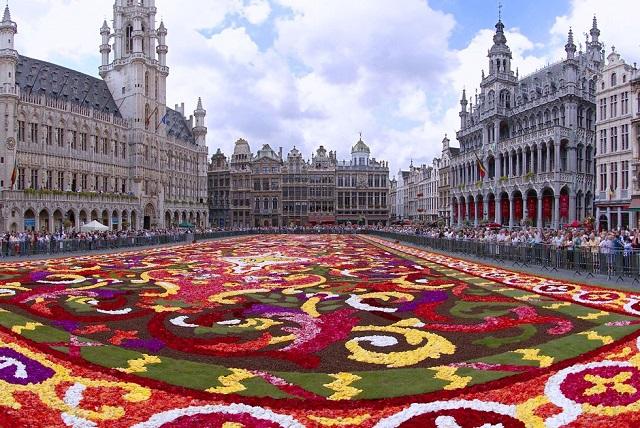 Một số lưu ý bạn cần biết khi du lịch Châu Âu bạn không thể bỏ lỡ