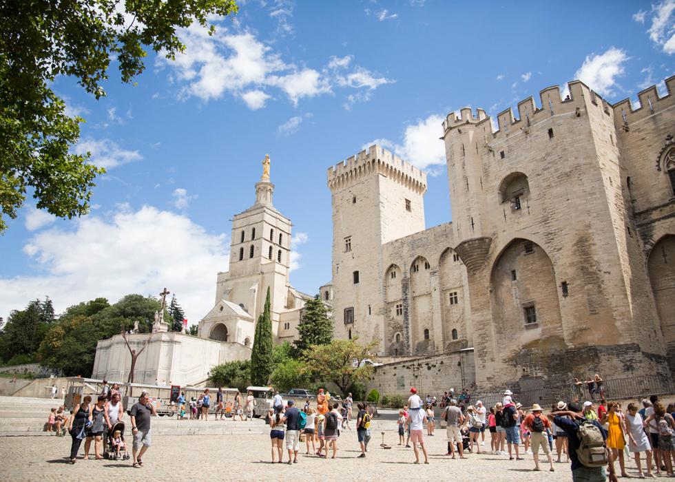 Avignon - Thành phố cổ của nghệ thuật