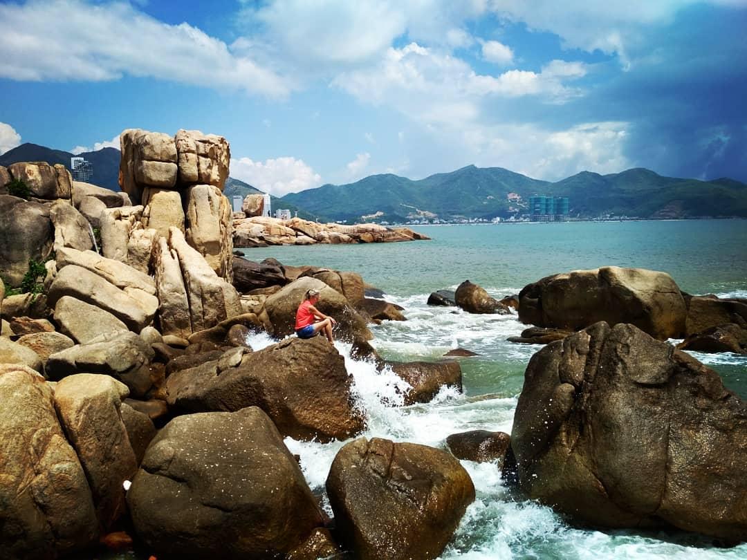 Du lịch Nha Trang - Bãi Hòn Chồng