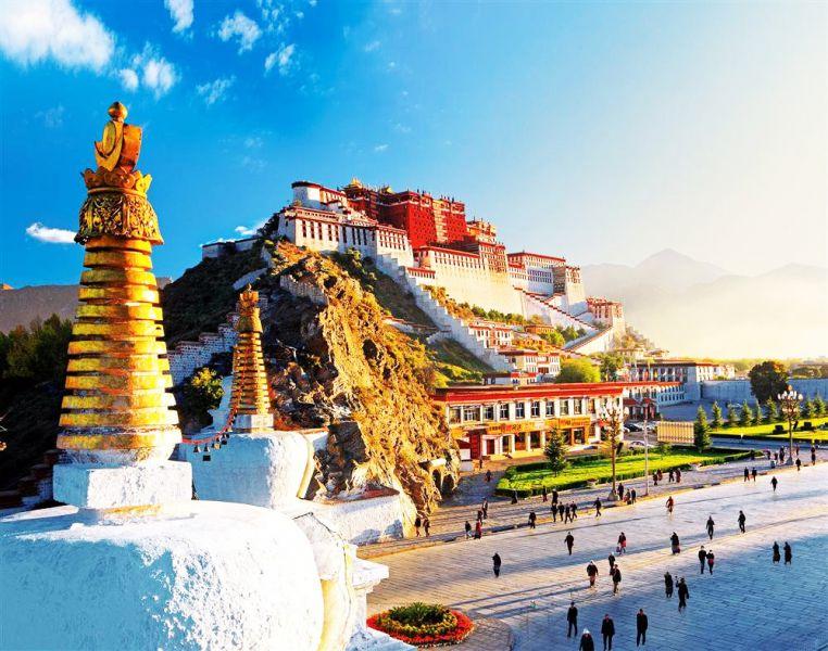 Khám phá vùng đất Tây Tạng huyền bí trong tour du lịch Tây Tạng mùa thu