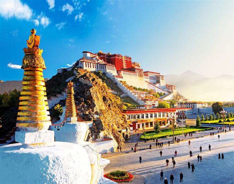 Thủ phủ Lhasa địa điểm du lịch mùa thu Tây Tạng nổi tiếng