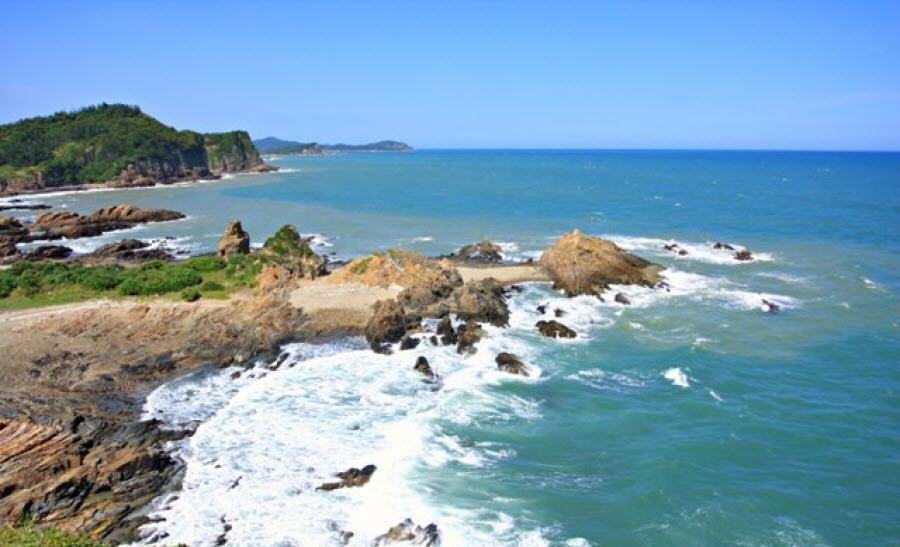 Đảo Và Bãi Tắm Ngọc Vừng - Vịnh Hạ Long