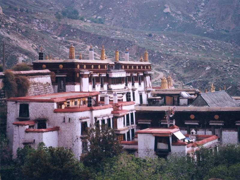 Thiền viện Drepung - Tour du lịch Tây Tạng mùa thu