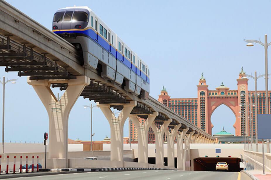 Du lịch Dubai - The Palm Monorail