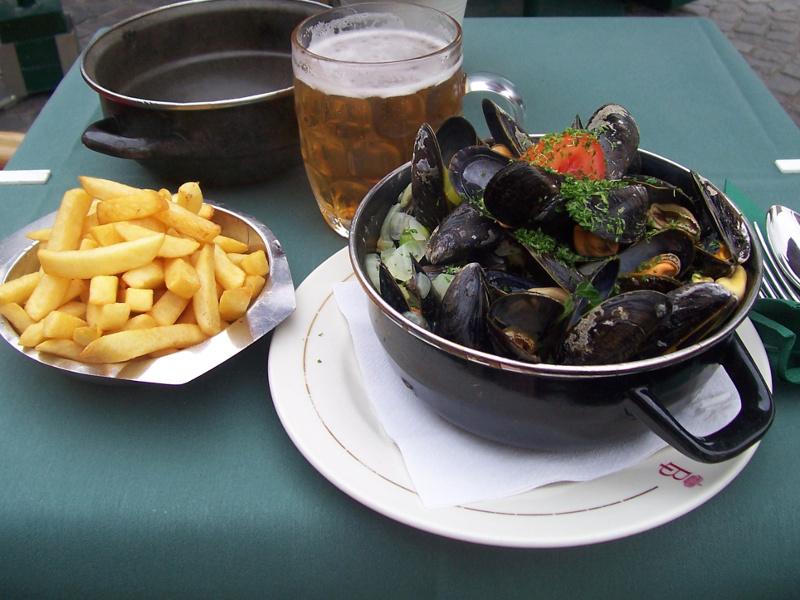 Du lịch Bỉ nên ăn những món ăn nào