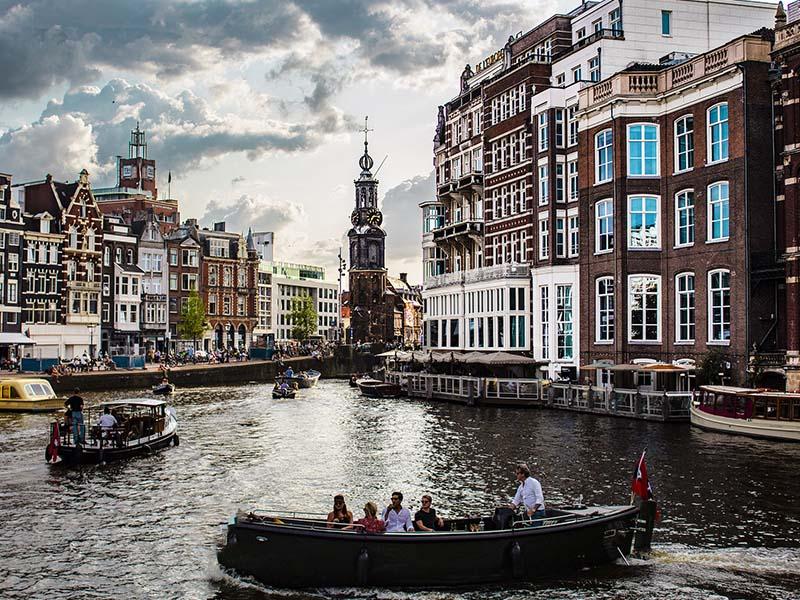 Các cặp đôi nên đi đâu khi du lịch Hà Lan