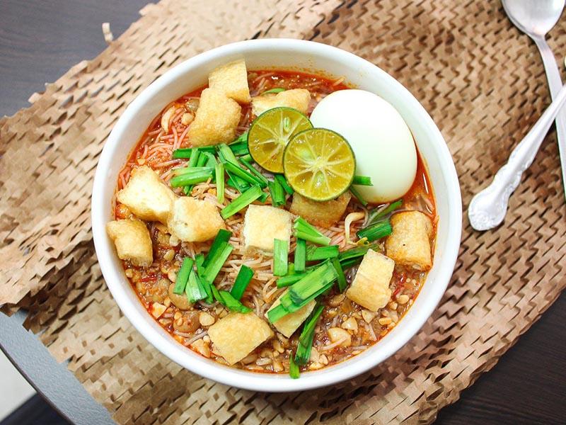 Thưởng thức những món ăn gì khi du lịch Malaysia