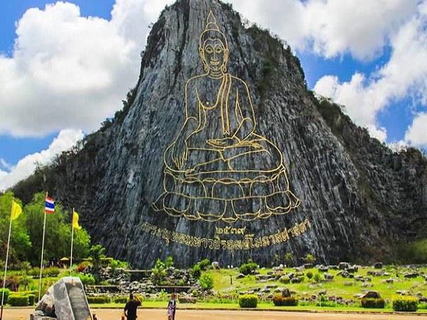 Du lịch Thái Lan: Thắng cảnh ấn tượng của Núi Phật Vàng Băngkok