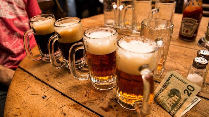 Đừng quên thưởng thức bia và ẩm thực đường phố New York