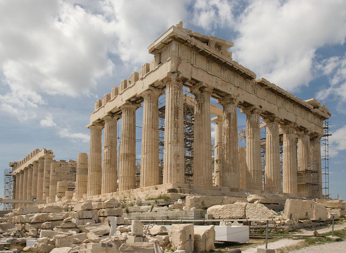 Du lịch Châu Âu tham quan các công trình kiến trúc cổ đại