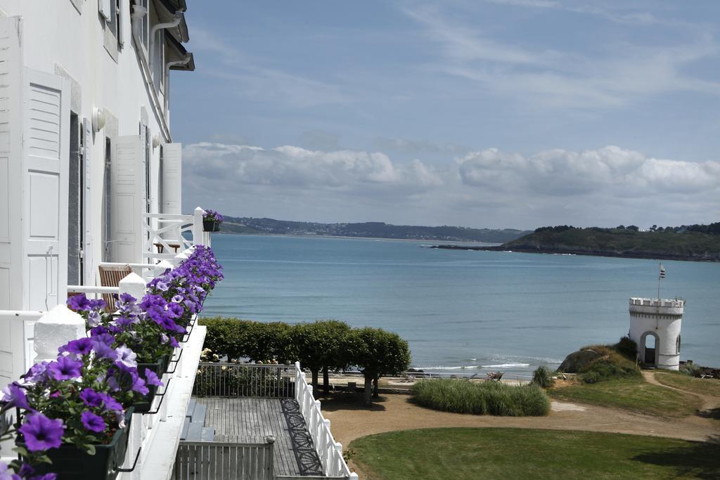 Khách sạn Le Grand Hotel des Bains nước Pháp