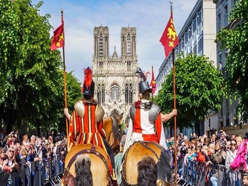 Du lịch Pháp tháng 3 tham gia lễ hội Sarlat Fest'Oie