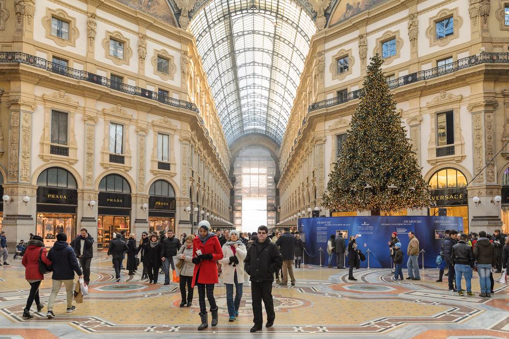 Du khách nên đặt vé trước khi đến bảo tàng Louvre