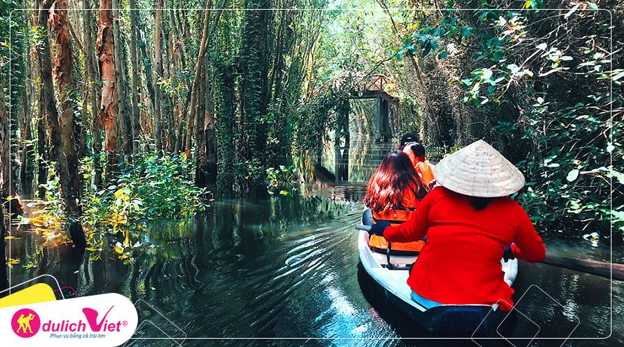 Du lịch Long An Lễ 2/9 khám phá con đường xuyên rừng tràm đẹp nhất Việt Nam từ Sài Gòn