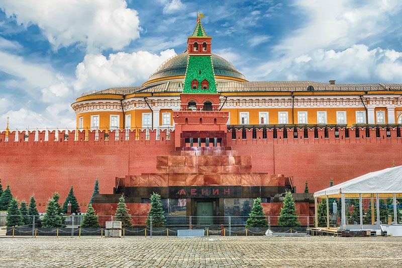 Lăng Lenin đặt tại Quảng Trường Đỏ