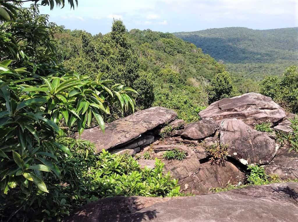 Du lịch Phú Quốc - Du khách đừng quên ghé thăm Núi Chúa