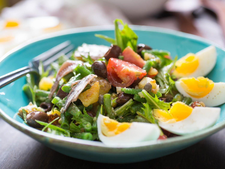 Món Salad Nicoise - Món ăn truyền thống nước Pháp