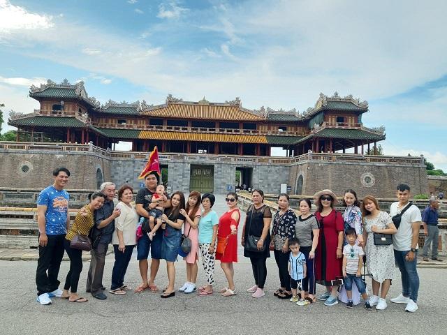 Tưng Bừng Khuyến Mãi Tour Tết 2020 - Vui Tết Bên Nhau – Năm Châu Là Nhà