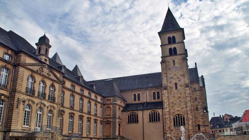 Echternach và Tu viện Benedictine là điểm đến du lịch Luxembourg nổi tiếng
