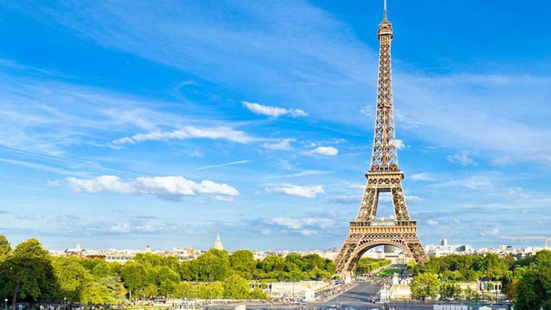 Tháp effiel công trình kiến trúc nổi tiếng hàng đầu trên toàn thế giới