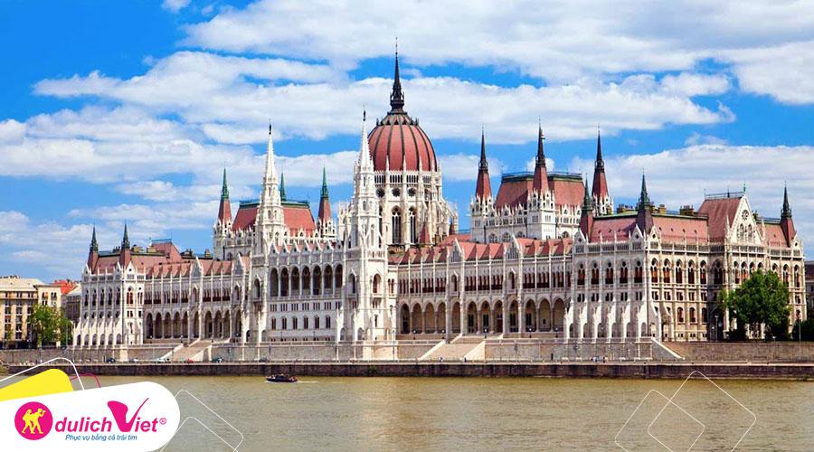 Du lịch Châu Âu - Pháp - Lux - Đức - Séc - Slovakia - Hungary mùa Thu từ Sài Gòn giá tốt