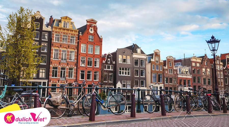 Du lịch Châu Âu - Pháp - Luxembourg - Bỉ - Hà Lan mùa Thu từ Sài Gòn giá siêu HOT
